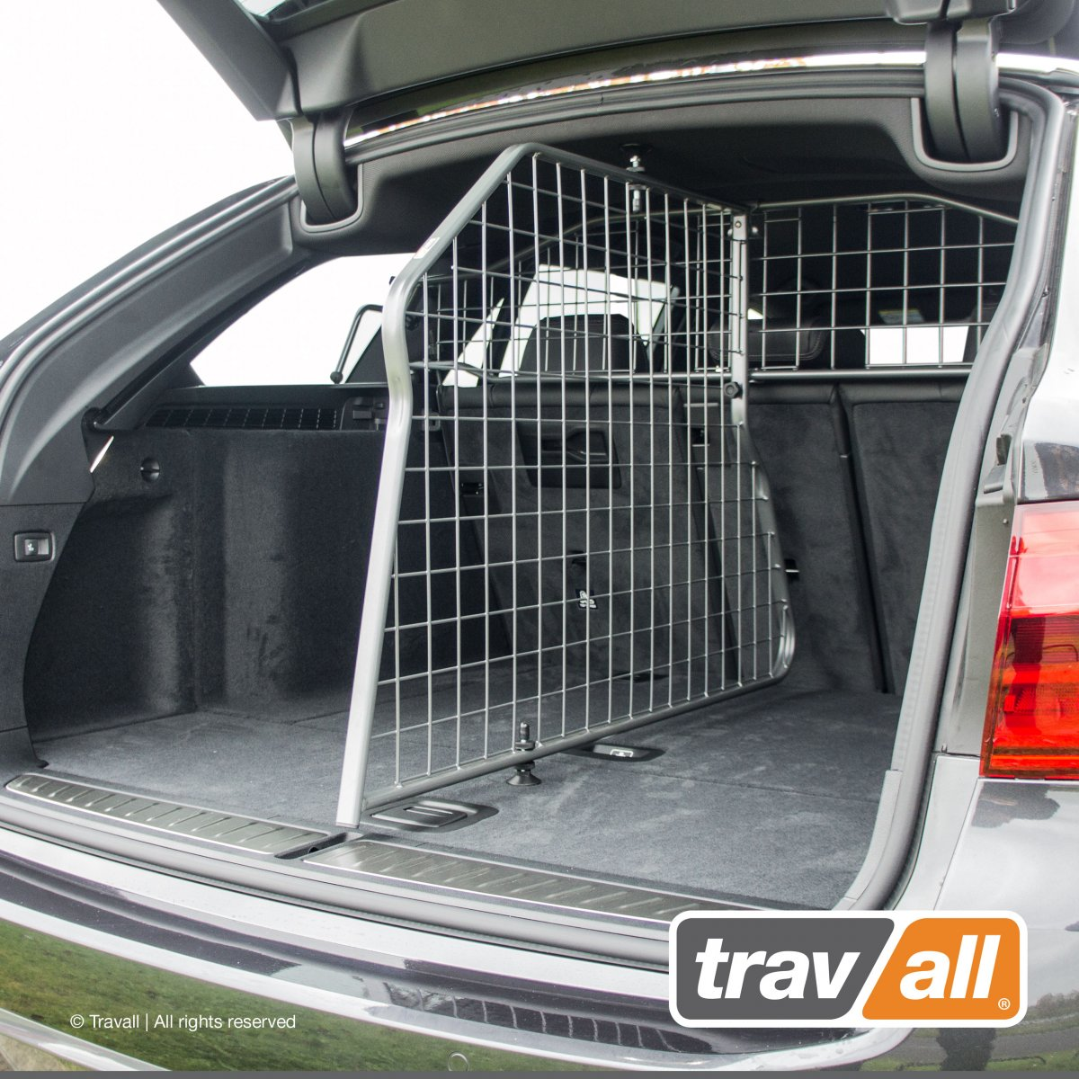 Travall® DIVIDER voor BMW 5 Serie Touring (2016 >)