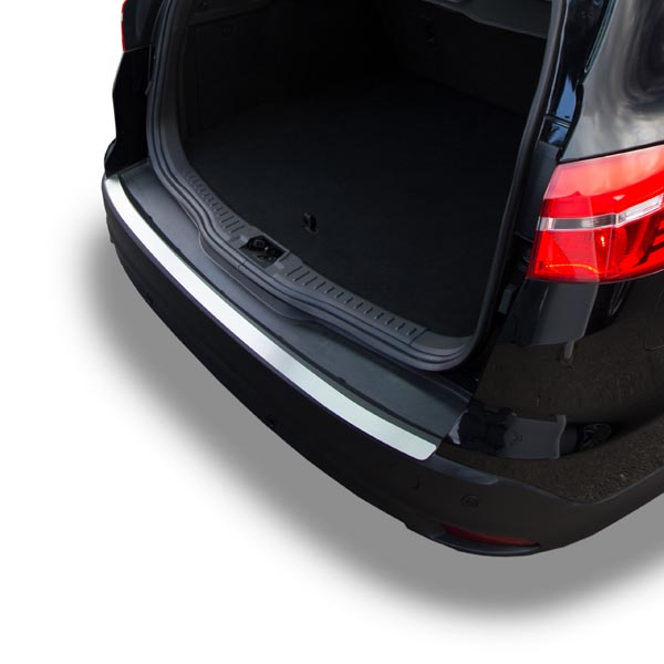 Travall® Protector-RVS voor Ford Focus Stationwagon (2010-2018) / ST (2012 >) [Outlet-Plate]