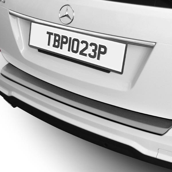 Travall® Protector-Kunststof Glad voor Mercedes Benz C-Klasse Estate (2012-2014)