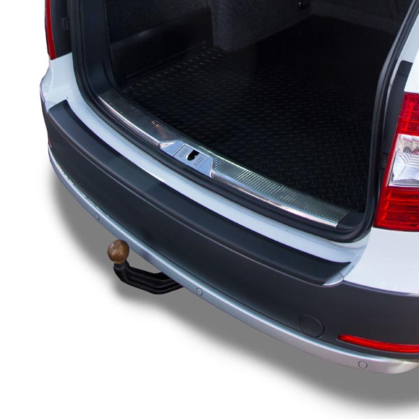 Travall® Protector-Kunststof Glad voor Skoda Superb Stationwagon (2013-2015)